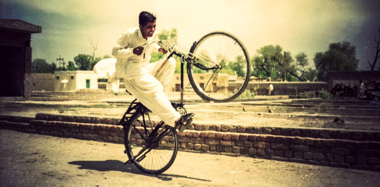 kamran_on_bikes-1250x615
